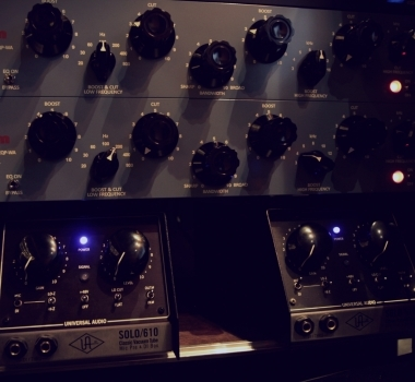 Pultec EQ and Universal Audio 610 Tube Preamps