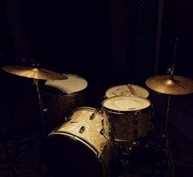 Vintage 1960s Rogers Drumset